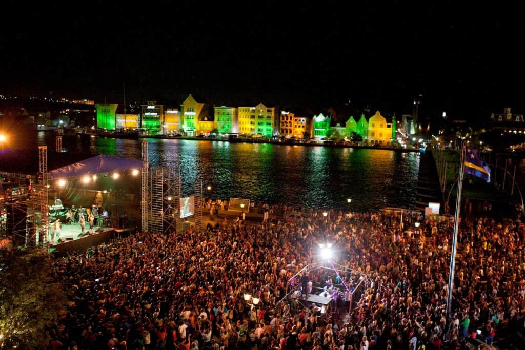 curacao-nightlife