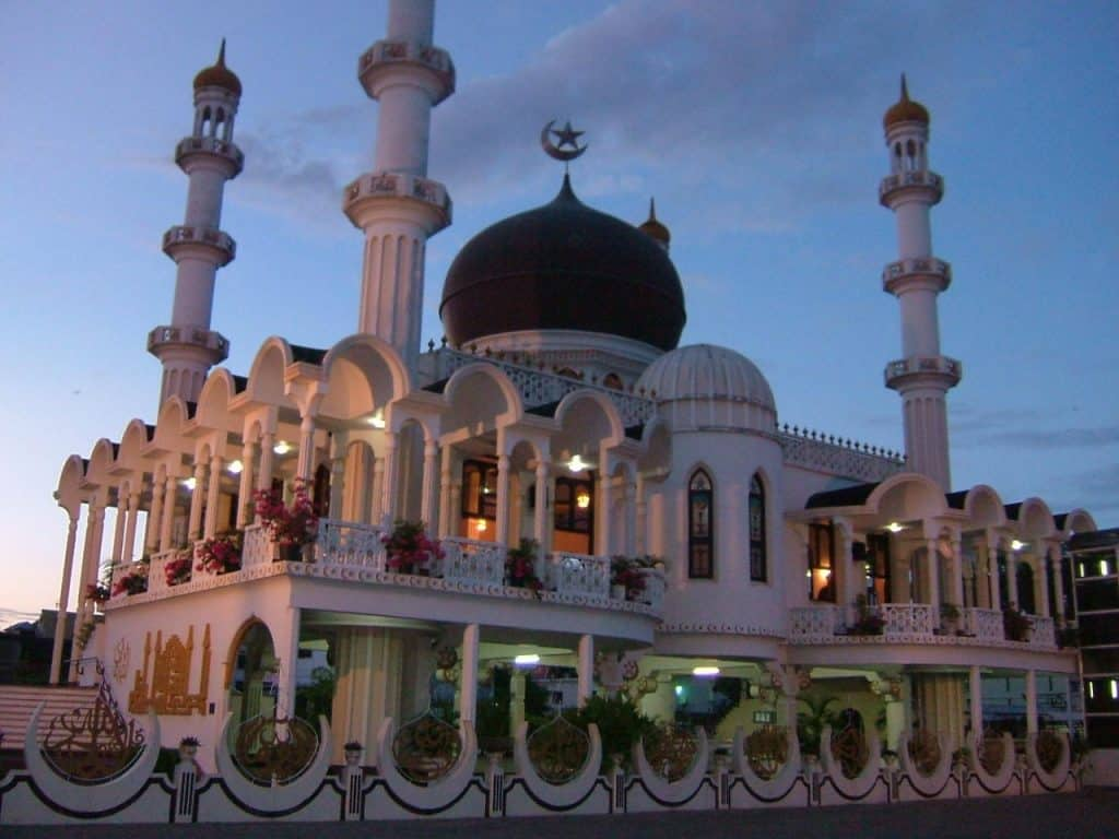 suriname-mosque-keizerstraat