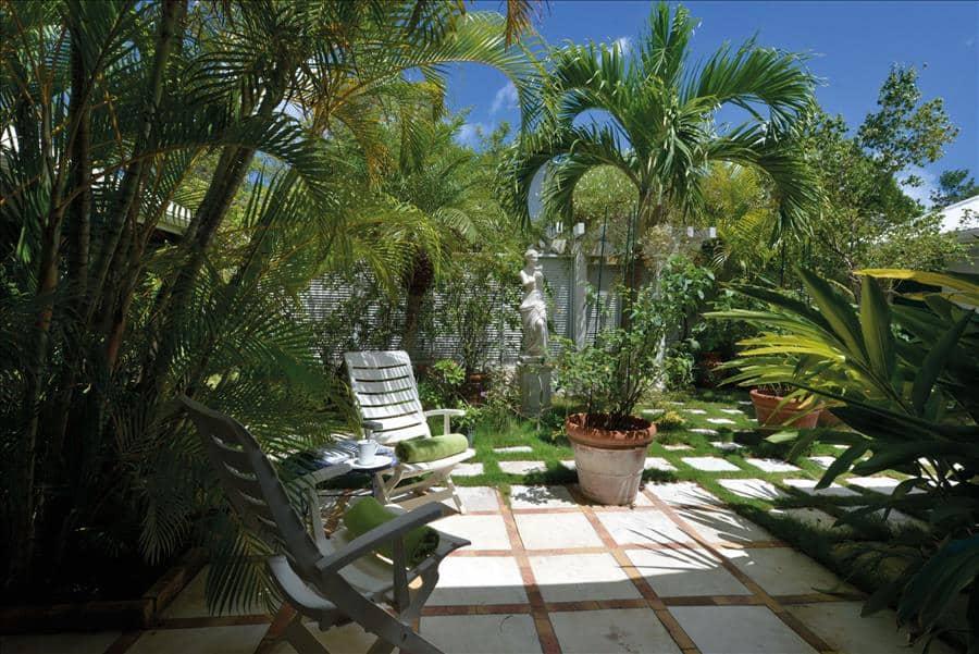 Zeph Courtyard