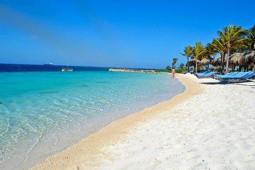 infinity pools op Curacao