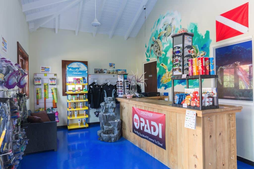 Dive shop Acoya Curacao