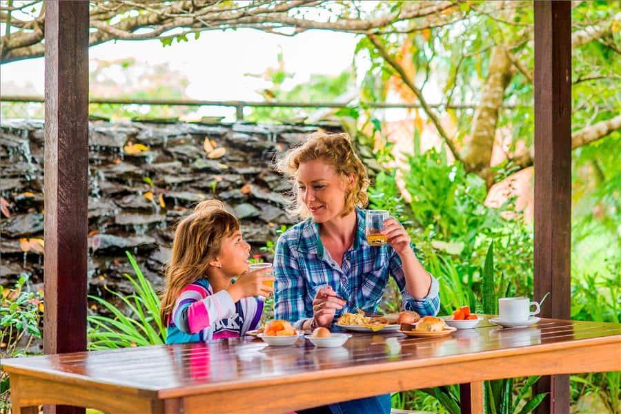 Eco Resort, Family