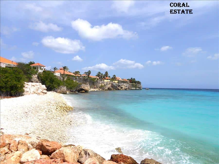 Pier coral estate