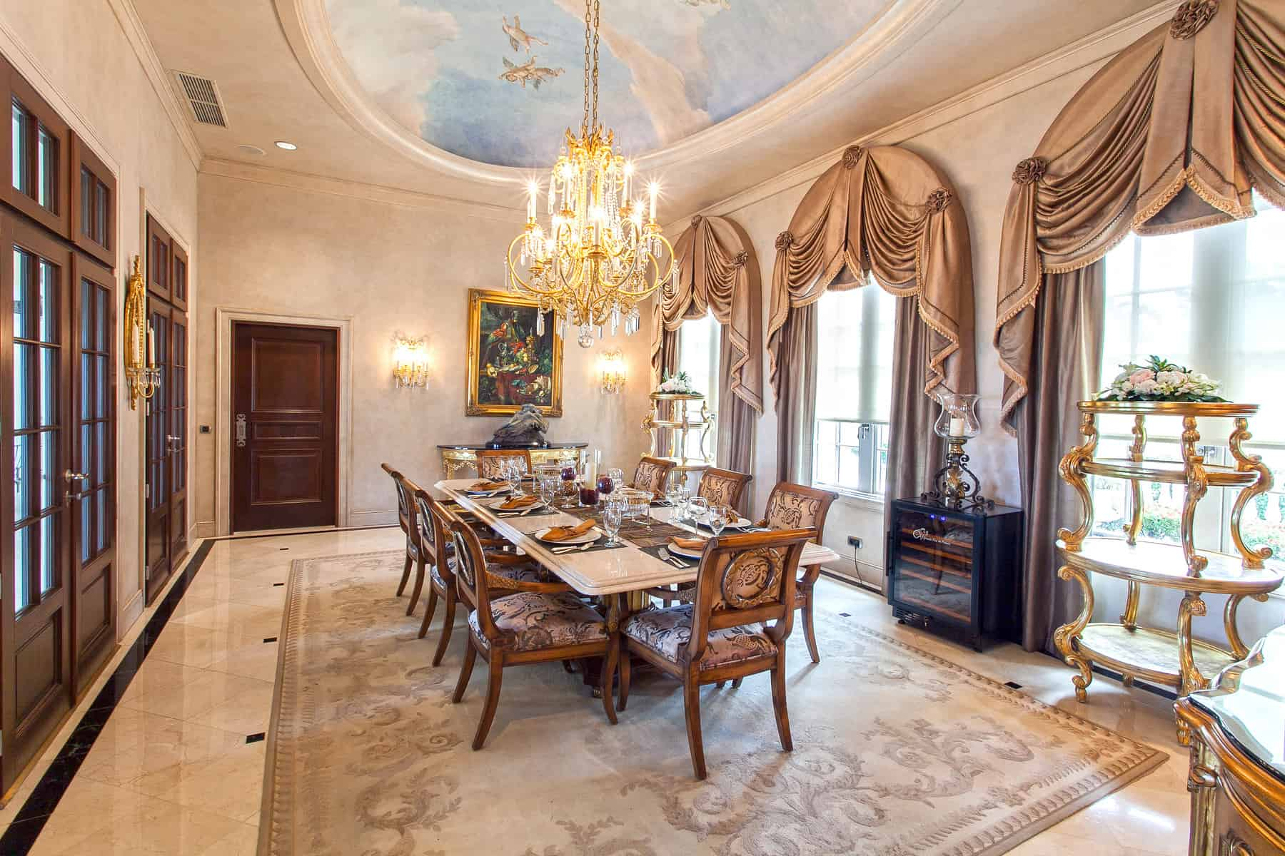 Chateau Dining
