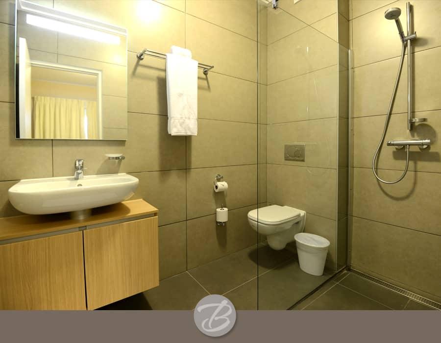 The beach house Curacao bathroom