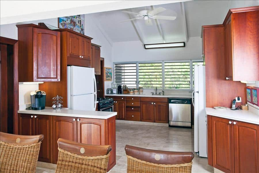 Baie Longue Beach House Kitchen