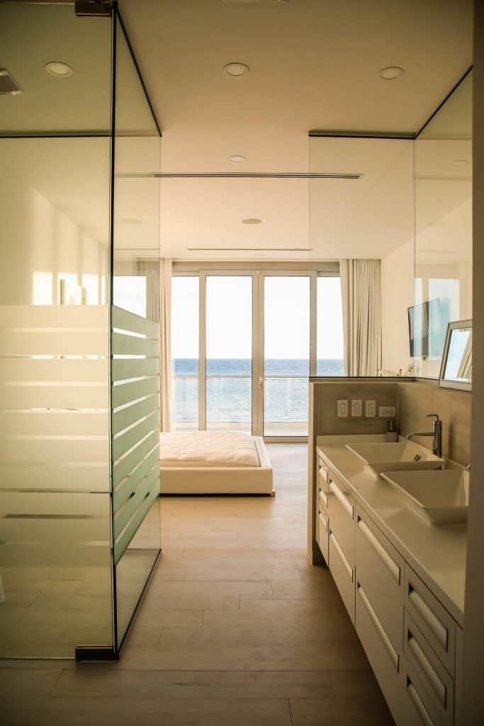 Aruba Beachfront Estate bathroom