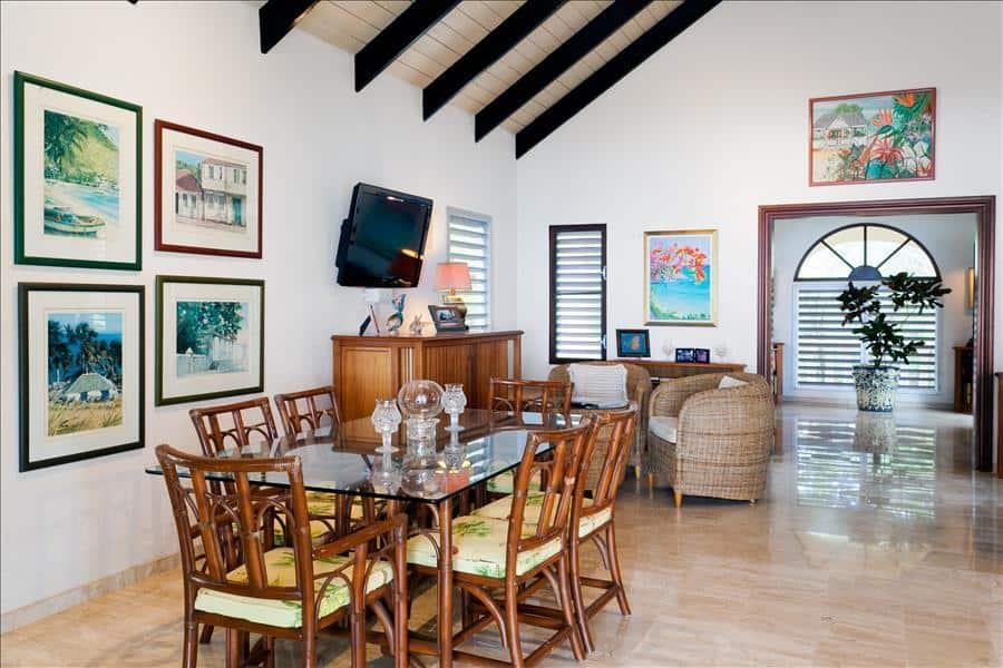 Baie Longue Beach House Dining