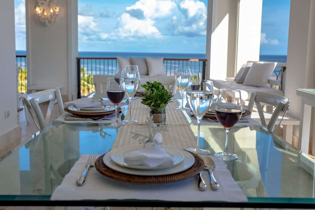 Terrace dining Sea View