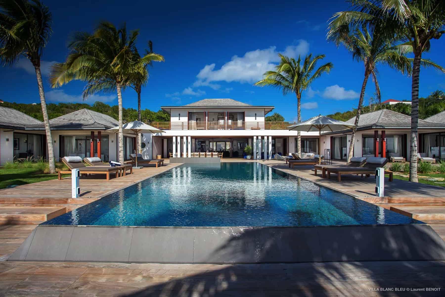 pool deck Villa Blanc Blue St Barths