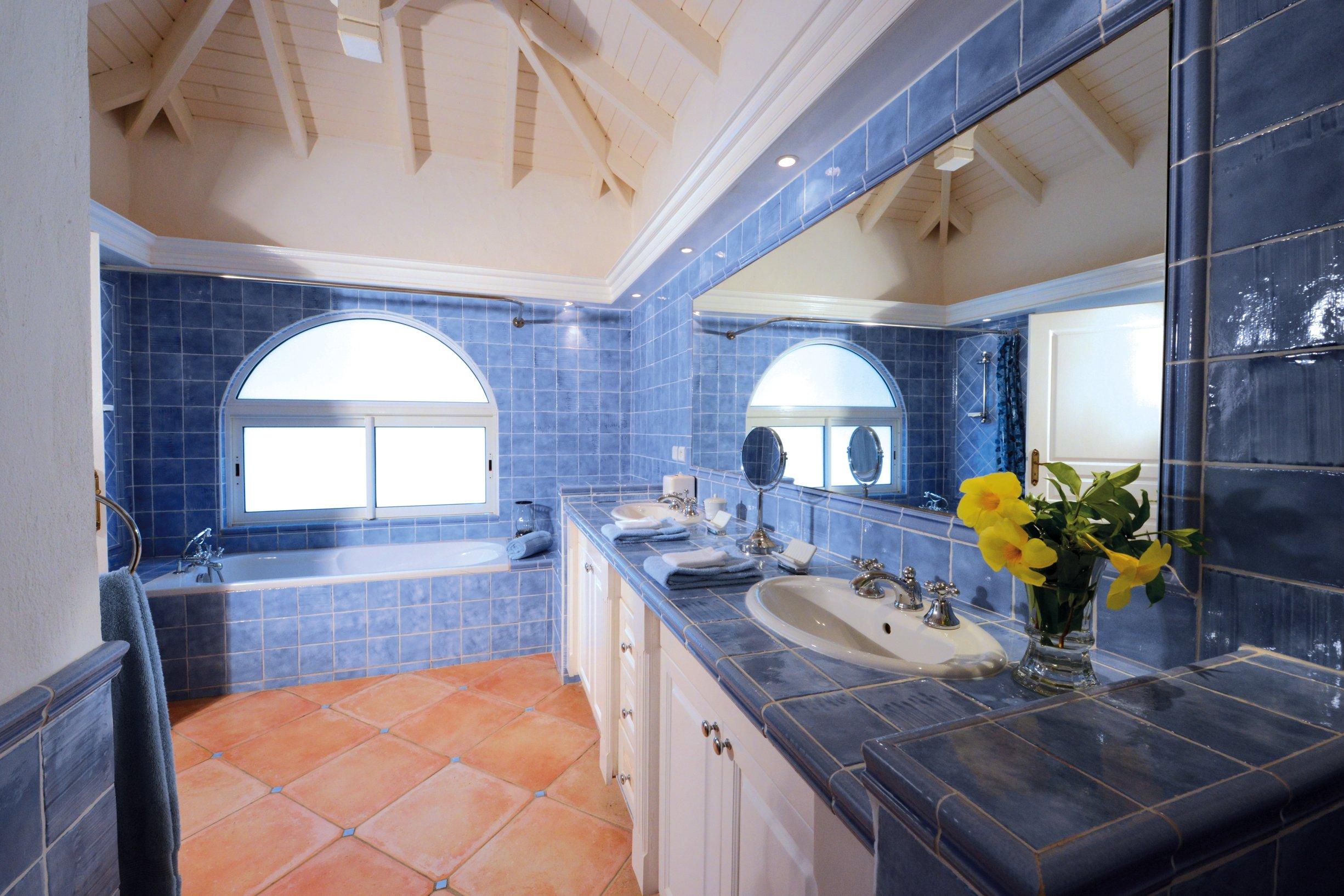 Luxury 12 bedroom Caribbean Estate for rent overlooking Baie Longue Beach St. Martin